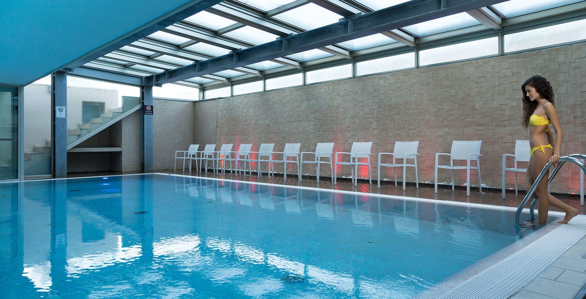 Hotel rimini 4 stelle con piscina spa sale terminal palace spa - Hotel con piscina a rimini ...