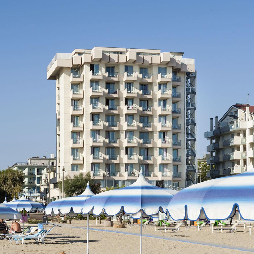 Hotel Mit Parkplatz Im Rimini Miramare Terminal Palace Spa